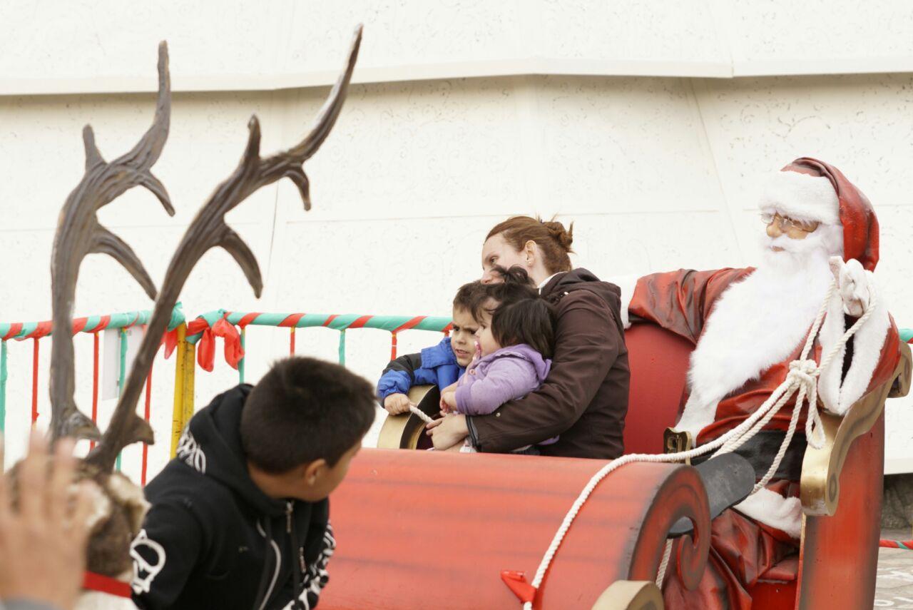Miles de personas disfrutaron de las vísperas de Navidad